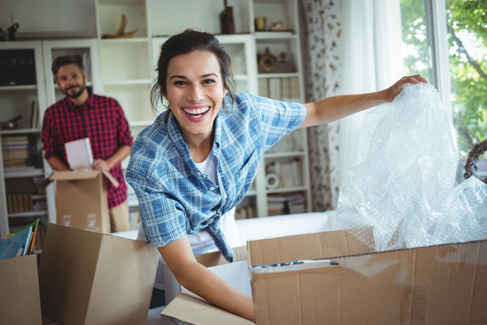 4 Benefits of Hiring a Moving Company During the Off-Season - Featured Image